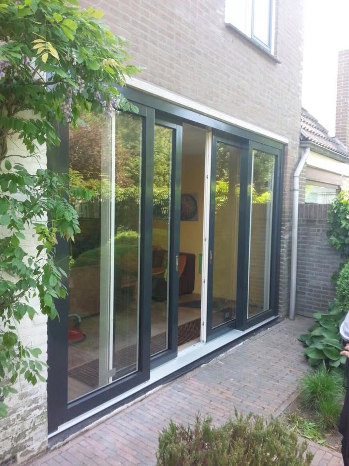 Mooie 4-delige hefschuifpui gemonteerd van het merk Knipping in Nieuwegein.